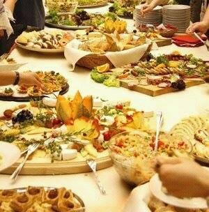 Vi aspettiamo venerdì 21 dalle 18 in poi al nostro aperitivo/ buffet.   Non mancate! Un grosso bacio: )
